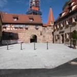 Kirchenvorplatz Kraftshof nach der Umgestaltung